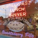 """le resto en """"ville"""" où nous avons soupé et déjeuné"""