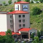 Days Inn Pittsburgh Airport-