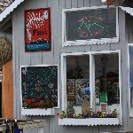 Finn's Pizza Storefront, Homer, Alaska