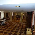 Lobby von der Treppe