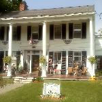 Brookside Inn at Laurens; great architecture