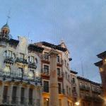 la plaza del torico,la calle del hostal para en esta plaza