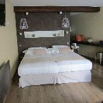"""""""Loft"""" twin beds"""