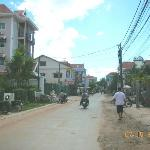 road leading to hotel coming  from Pub St.