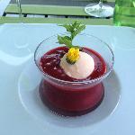 Gazpacho de fruits rouges et sorbet coquelicot