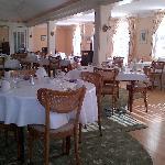 Sunny restaurant/breakfast room, Franconia Inn