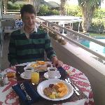 Yummy breakfast, w/ homegrown pineapples and papayas!