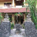 Hotel Handika grounds