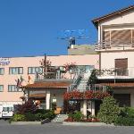 Hotel Sanremo Vista  Ingresso dal piazzale Via Garessio