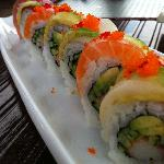 Rainbow Roll (3 Types of Raw Fish, Cucumber, Crab and Avocado)