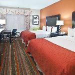 Photo de Holiday Inn Opelousas
