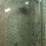 Wonderful and devastaingly lovely shower!