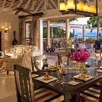 Villa Plantation 2 Bedroom Royal Plan
