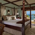 Governor General's One Bedroom Oceanfront Plantation Suite