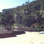 praia entre vermelhia y aracatiba