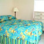 Sunrise Cottage Bedroom (10)