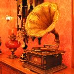 "A real ""His Masters Voice"""