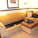 Full queen bed