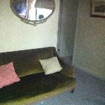 Room 8 Small settee