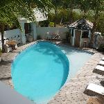 Vue sur la petite piscine d'eau douce