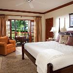 Grande Luxe Beachfront Room