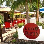 Luna Red