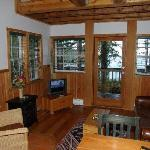 Living room of SurfGrass #8