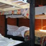 Habitación extra c/2 camas cuchetas, aire f/c, ventana al frente y atras