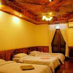 Standard Triple Bedroom Ceiling