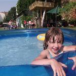 Pool im großen Garten - 3 Haltestellen vom Zentrum!!!