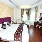 Photo de Hanoi Dolphin Hotel