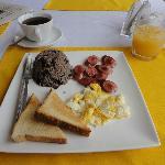 Egg, salchicha and gallo pinto for breakfast