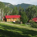 Other Goldenwood Lodge cabins.