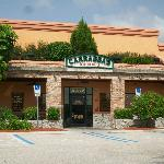 Main entrance of Carrabba's.