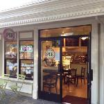 Petaluma Pie is prospering and expanding! expanded quarters with new storefront as of August 201