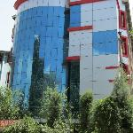one of the good hotels in srinagar