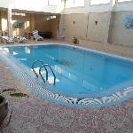 La piscine (Accès par le 1er étage !)
