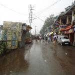 Way to Hotel Kapil from Lakkar Bazaar