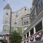 Entrance to The Nantucket Hotel July 4th