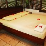 Apartamento los Cangrejos - king size bed