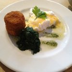 Haddock Fishcake with poached egg... STUNNING!