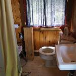 Cabin bathroom. Cramped