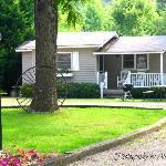 Cozy Creek Cottages resmi