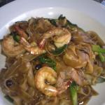 pad seiw with shrimp