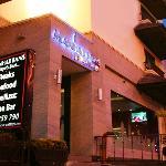 Manhattans Restaurant & Bar