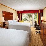 Guestroom - double beds