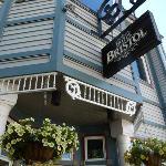 Hotel Bristol front entrance