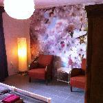 Room April