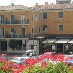 Hotel Alpino and Restaurant