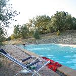in piscina ad Acquaviva